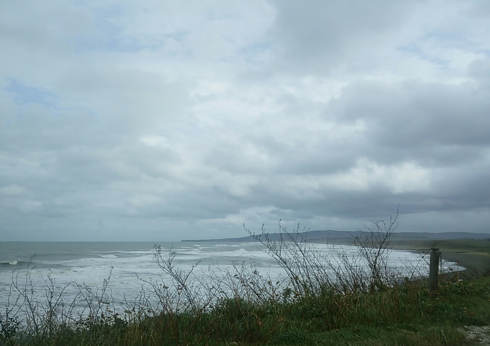 昨日の波です
